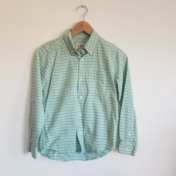 The Children's Place cotton button down shirt
